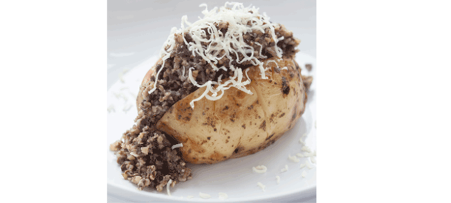 Scottish Jacket Potato with Haggis ©Angus Bremner